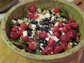 Mixed Greens Salad With Summer Berries