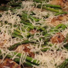 One Pan Rice-A-Roni Cheater – Chicken And Rice With Asparagus