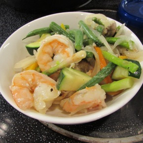 Fast Food Friday – White Wine Shrimp and Vegetables Over Rice