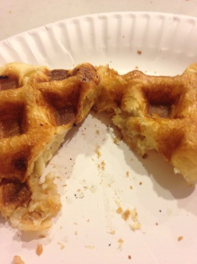 Waffle Bowl 2016 – the Second Half: Puff Pastry with Cheesecake and Caramel Chips