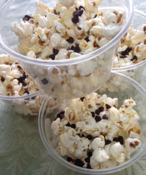 Fast Food Friday: Stovetop Popcorn with Mini Chocolate Chips